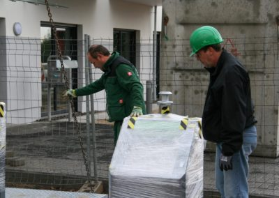 Einbau des Unterflurmüllsystems
