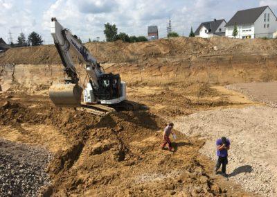 Kontrolle des Geologen vor Ort