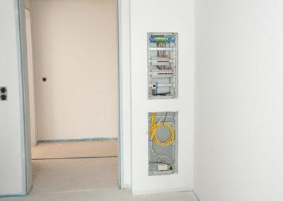 Elektro- und Telekommunikationsanschlüsse
